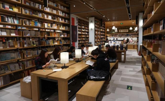 城事會客廳|書店與城市③政策與市場調控的效果及建議