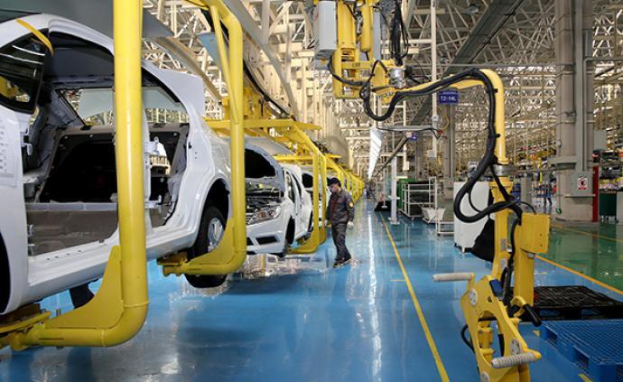 發改委等11部門發布通知:穩定和擴大汽車消費