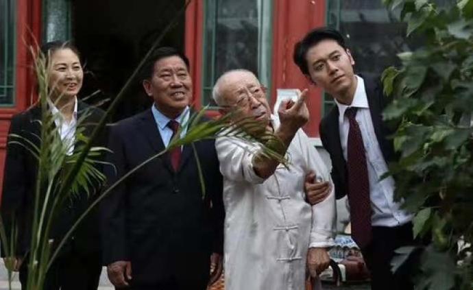 劉江家屬:疫情時期遺體告別儀式不對外公開,不給組織添麻煩