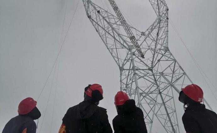 新紀錄:世界海拔最高500千伏輸電鐵塔在西藏完成組立
