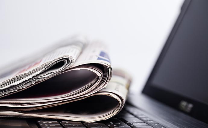 巴菲特評熱門股:不會賣喜詩糖果,報紙、汽車業可能繼續衰退
