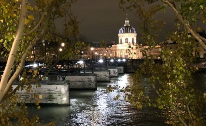 巴黎疫事|申賦漁:黑暗中的漫游者