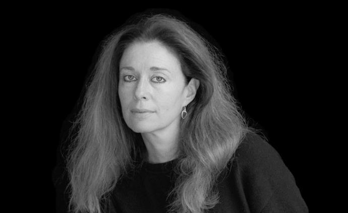 乔丽·格雷厄姆:被学生娜塔莉·波特曼视为偶像的诗人