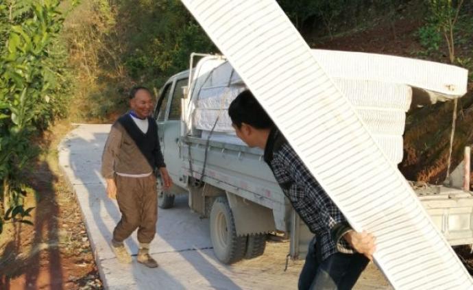 抱薪者 | 妻子追憶宋青山:他把人生獻給家鄉的扶貧和防疫