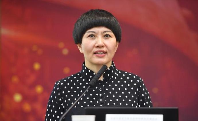 刘希娅代表建议:将寒暑假分散为春夏秋冬四个假期,总量不变
