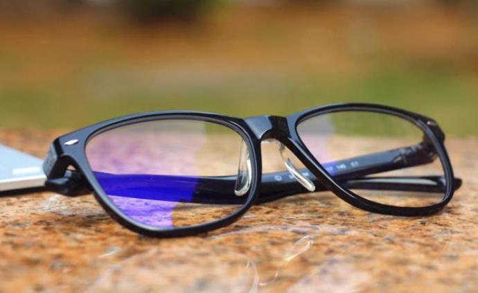 媒體聚焦防藍光眼鏡市場:質量參差不齊,五十元可買檢測報告
