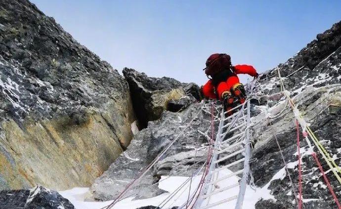登顶测量的幕后英雄:北斗系统在珠峰高程测量项目中首次应用