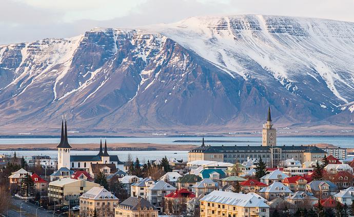 疫論·社會丨從首例確診到控制局面:冰島走過的抗疫之路