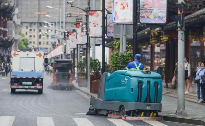 """上海70个区域今年可""""席地可坐"""",包括豫园等重要景区商圈"""