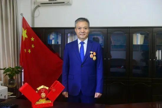 全国政协委员、中海油服湛江分公司党委副书记郝振山