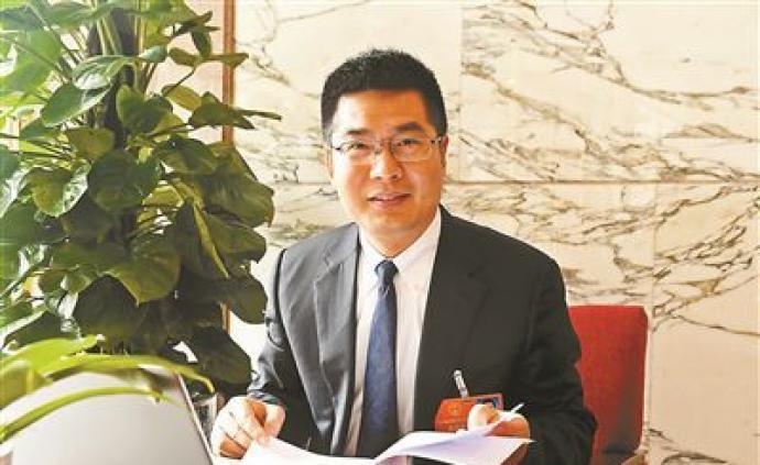 葛明華代表:建議盡快完善國家傳染病網絡直報系統