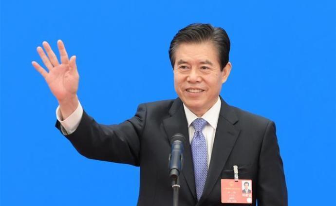 商務部部長鐘山:外貿外資對我國財政稅收貢獻超25%