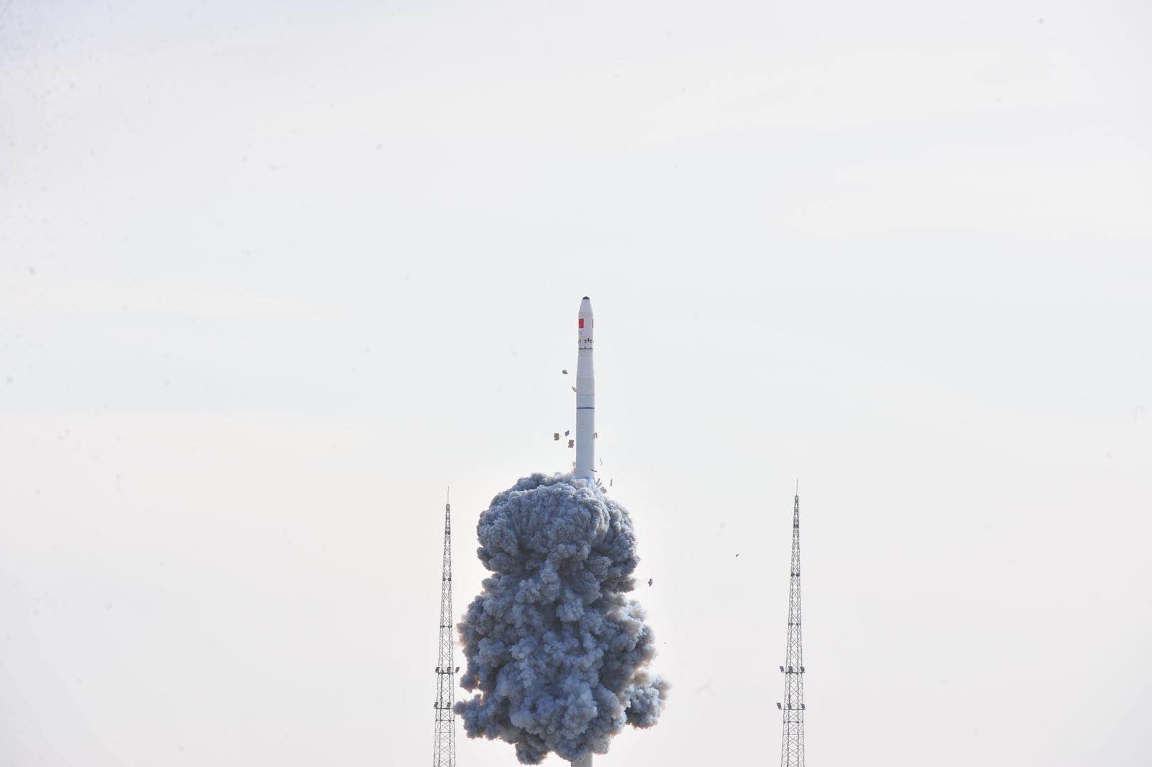 长征十一号遥三火箭发射