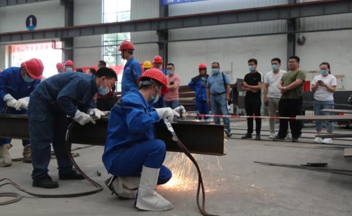 人社部出臺農民工培訓計劃,今明兩年每年培訓700萬人次