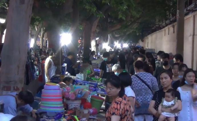 出摊丨郑州夜市复市人员限流,商户按单双号开工