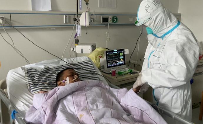 """""""黑脸""""医生胡卫锋的最后一个多月:转普通病房前突发脑出血"""