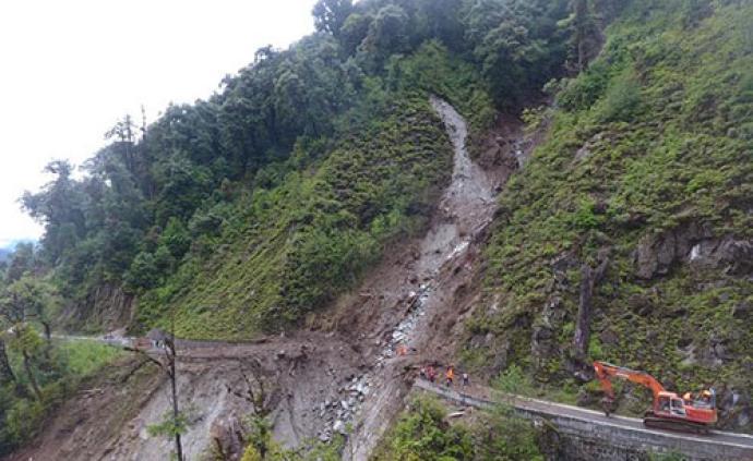 云南貢山暴雨致2人死亡6人失蹤,搜救還在進行中