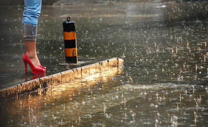 暴雨侵襲江南及廣西貴州等地 ,中央氣象臺:防汛形勢較嚴峻