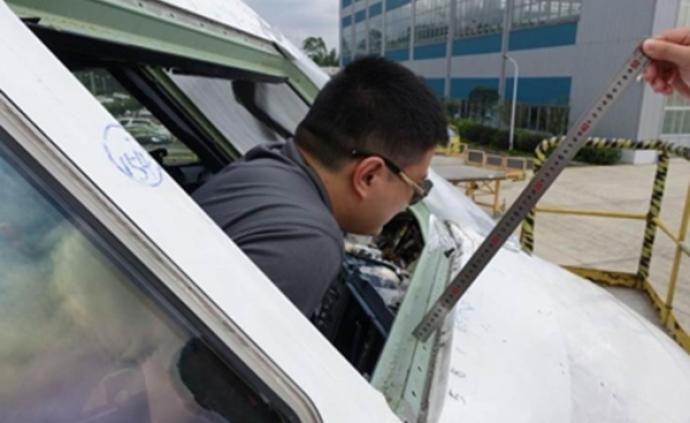 川航事件调查报告披露:机长刘传健曾高空缺氧飞行近20分钟