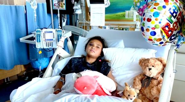 11岁滑板天才斯凯·布朗不慎从高空坠落,目前正在接受进一步治疗。