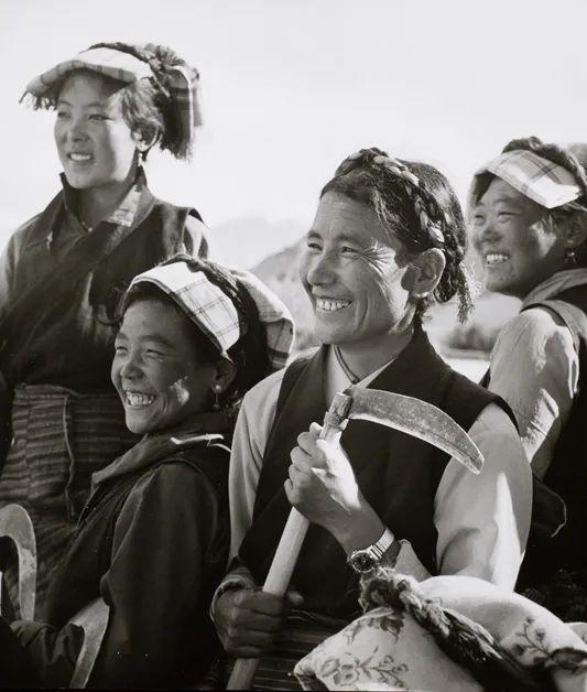 藏族女干部,1975年。