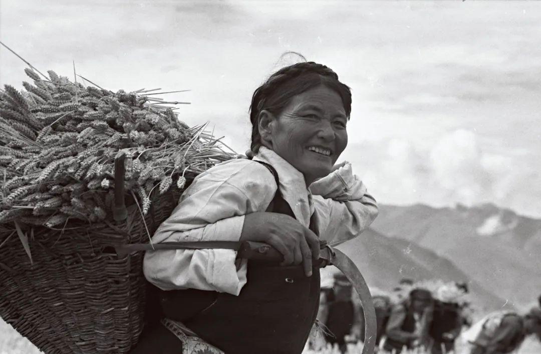 次仁拉姆,乃东县,1975年。