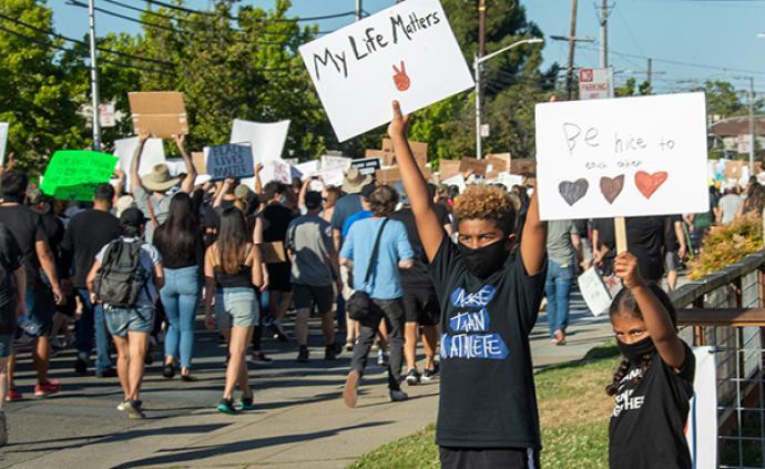 全美抗议活动持续,沃尔玛决定暂停部分门店枪支弹药售卖
