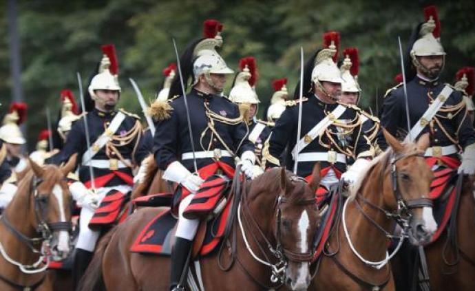 受ballbet体育平台影响,法国2020年国庆日传统阅兵仪式取消