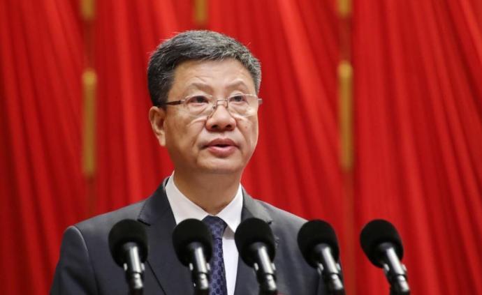 陈建华辞去广州市人大常委会主任职务