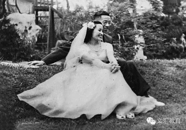 在罗小未学术思想研讨会上,这张罗小未和先生李德华的结婚照让很多年轻的学生们赞叹不已。在同济城规学院,李德华也是德高望重的教授。