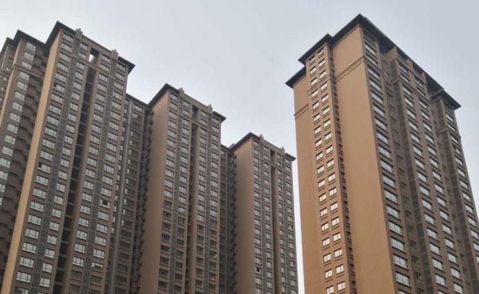 西安幾十人簽認購書三年后遭漲價,住建局讓開發商履約被拒