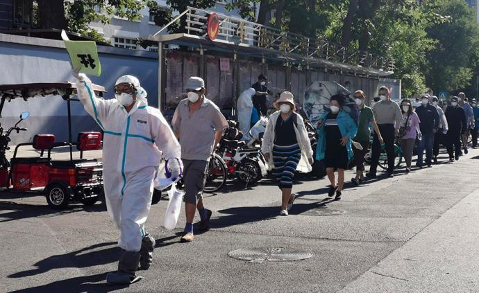 疫情创伤三文鱼:一位三文鱼商贩在北京