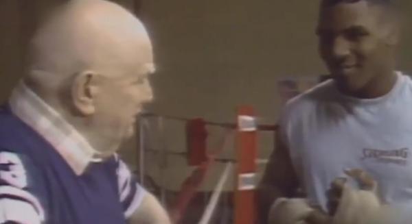 娱乐游戏:泰森VS霍利菲尔德又来了?谁都不愿错过拳坛史诗的大结局