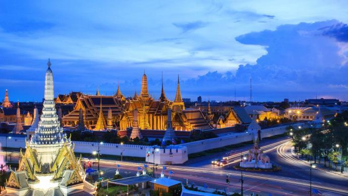 """暹罗拾珠丨泰国版""""我无法呼吸"""":王权、军队与异见者的交锋"""
