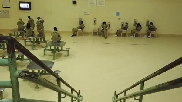美国加州一监狱暴发疫情,超500人确诊新冠