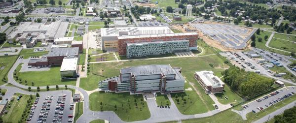 """德堡""""病毒暗史"""":起底美国德特里克堡生物实验室"""