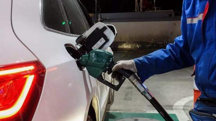 临汾要求所有公务用车错峰加油,控制在下午4时至次日10时
