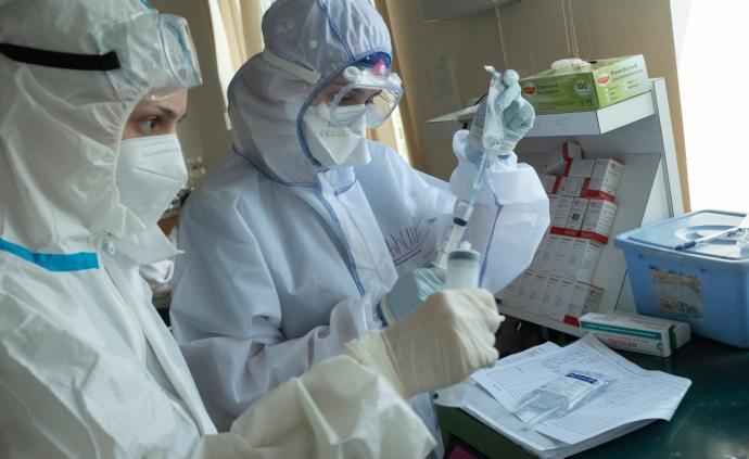 全球疫情晚报|印度累计确诊超70万,印媒称十天内或破百万