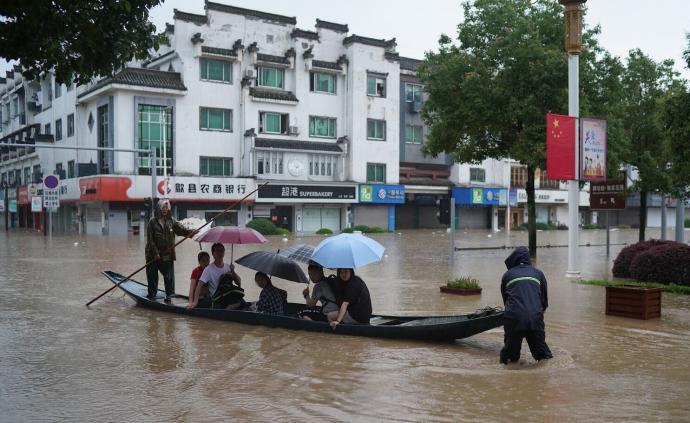 启用高考备用试卷!安徽歙县因暴雨推迟的语数两科将9日补考