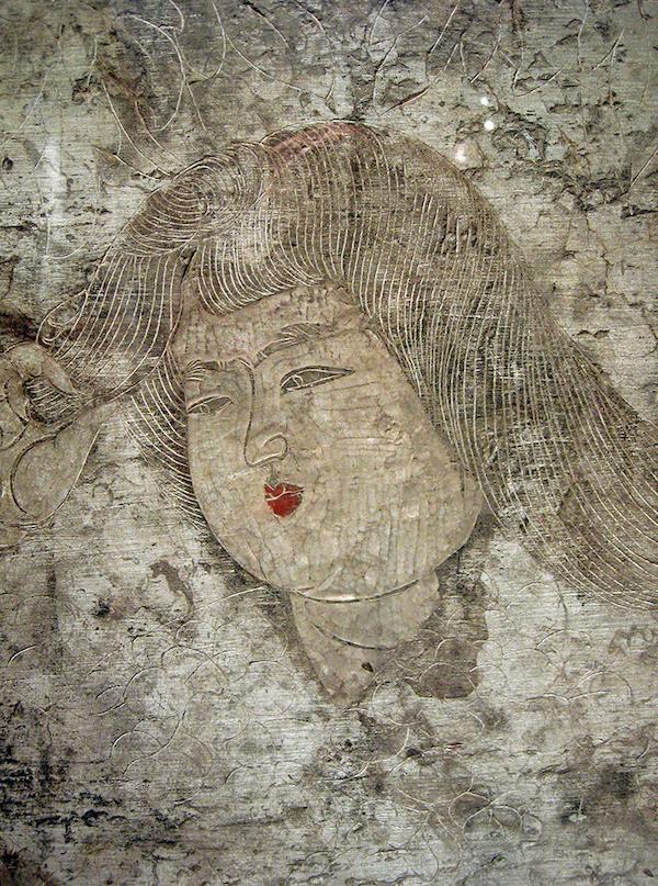 石椁内 壁宫女头像