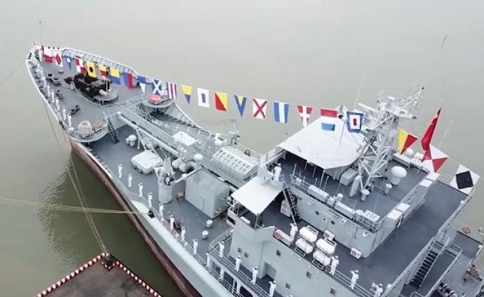 海軍鄱陽湖艦、云臺山艦、紫金山艦退役