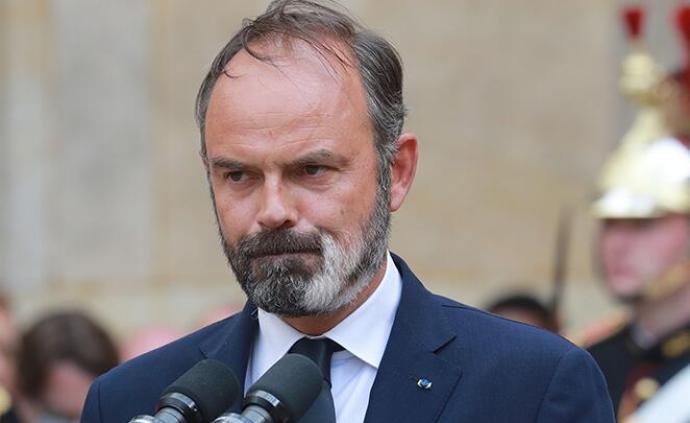 法國前總理剛卸任就被調查,他有可能成為馬克龍的挑戰者?