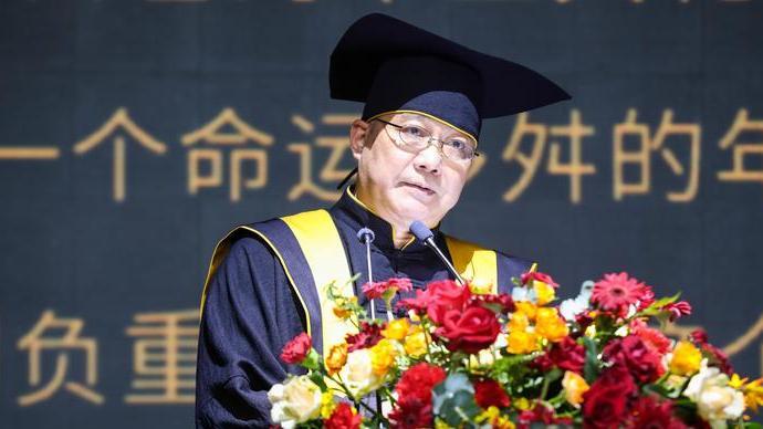 执掌中国美术学院近二十年后,许江透露自己将卸任院长职务
