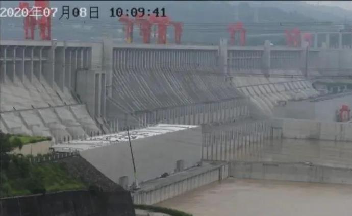 每天2.9个东湖!三峡水库减少下泄流量,减中下游防洪压力