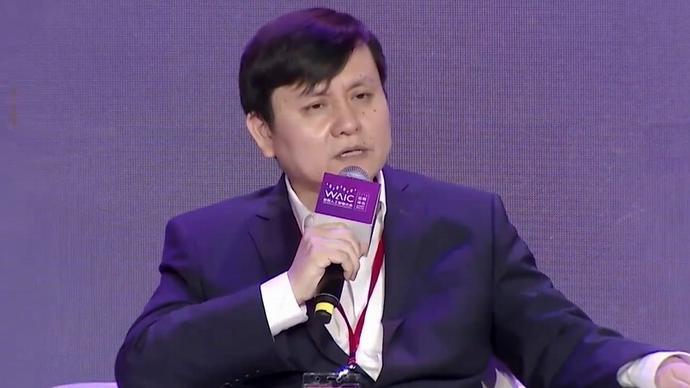 张文宏:AI仅是工具不能迷信,对偶发疫情一定要保持平常心