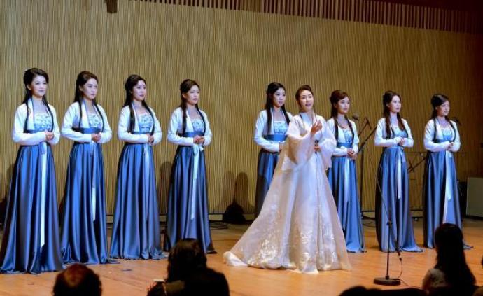古诗、古曲、古风、古韵,歌唱家方琼带来一场特殊音乐会