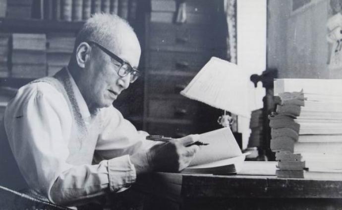 紀念 學者書法的典范 ——記朱東潤教授