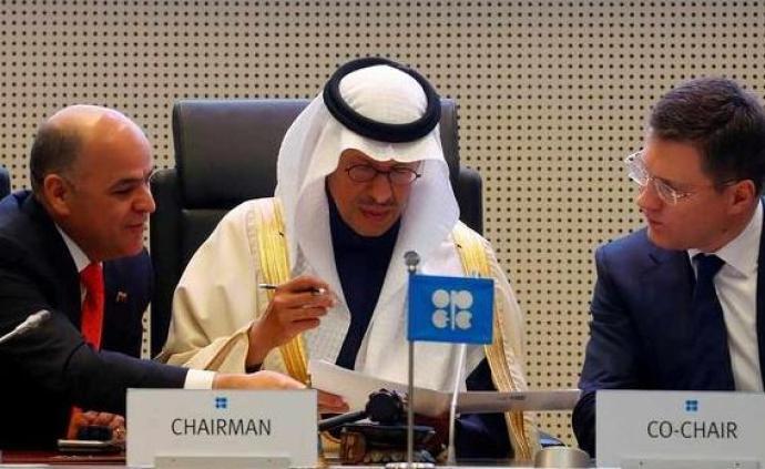 沙特推動主要產油國8月起降低原油減產規模