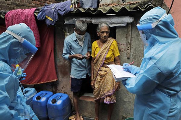 印度新增新冠肺炎确诊病例逾2.8万例,累计超90万例