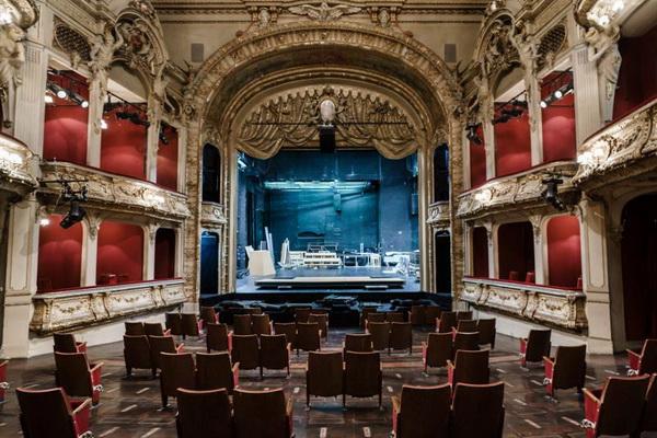 被剥失踪了座位的柏林剧院图片来源:Clemens Bilan